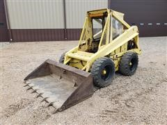 Sperry New Holland L775 Skid Steer