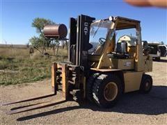 1987 Caterpillar V90E Forklift/Material Lift