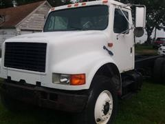 1990 International 4900 6x4 T/A Straight Truck Cab & Chassis