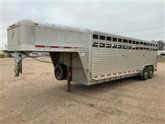 2005 Featherlite 8127 T/A Gooseneck Aluminum Livestock Trailer