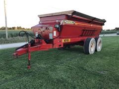 Meyer 7200 Manure Spreader
