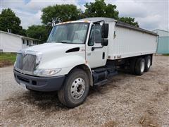 2003 International 4400 Grain Truck
