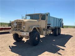 1990 American General 6x6 T/A Manure Spreader Truck