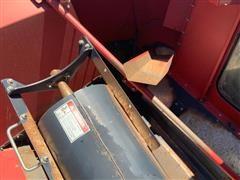 items/c5da984336c6ea11bf210003fff94c59/caseih7120combine-60.jpg