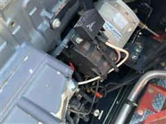 items/c5da984336c6ea11bf210003fff94c59/caseih7120combine-67.jpg