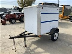 1999 S/A Enclosed Trailer