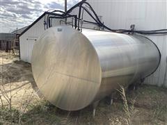 BouMatic 6000-Gallon Milk Bulk Tank