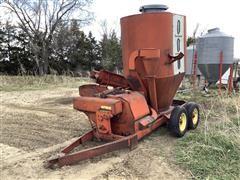 Farmhand Feedmaster Grinder Mixer Converted To Feed Wagon