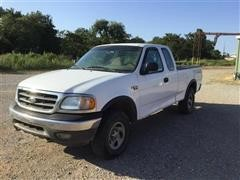 2002 Ford F150 XL 4x4 Extended Cab Pickup