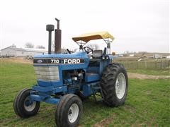 1982 Ford 7710 2WD Tractor