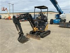 2014 John Deere 17D Mini Excavator