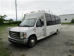 2009 Ford Econoline Bus