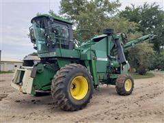 Ag-Chem 484 Cropmaster Self Propelled Corn Picker