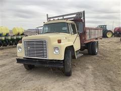 1977 International Loadstar 1600 S/A Grain Truck