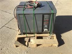 GNB Scrflx-18-1200tlz Battery Charger