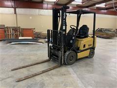 1997 Yale GP030 BF NUAV 084 Gas Forklift
