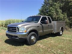 2003 Ford F350XLT Super Duty 4X4 Extended Cab Service Truck
