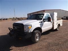 2011 Ford F350 4x4 Service Pickup W/side Winch