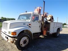 1999 International Navistar 4000 Series 4700 CC Service/Utility/Crane Truck