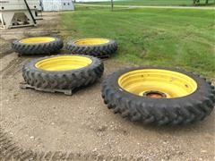 John Deere 4700 Series 320/90R46 Sprayer Tires & Rims
