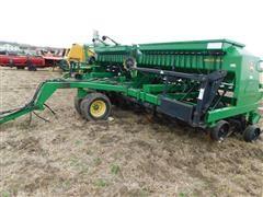 John Deere 1560 Pull Type Soybean Grain/Alfalfa Drill