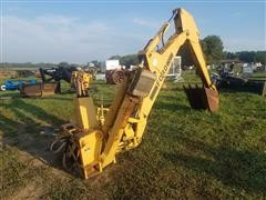 Ford 19-806 Backhoe Attachment