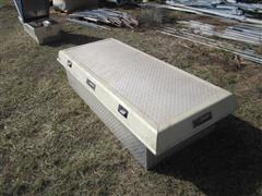 DeeZee Pickup Tool Box