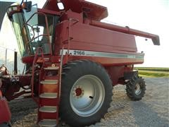 1997 Case International 2166 Axial-Flow Combine