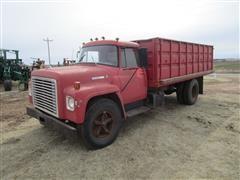 1973 International 1600 2WD Grain Truck