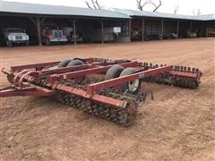 Farmhand CM41 16' Roller Packer