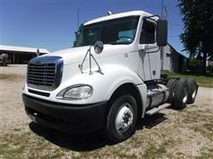 2007 Freightliner Columbia 120 T/A Day Cab Truck Tractor
