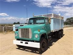1980 Ford LT800 T/A Grain/Silage Truck