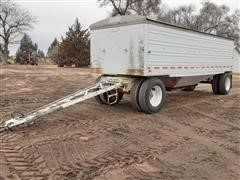 1971 Utility 24' Pup Grain Trailer
