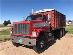1979 GMC Brigadier T/A Grain Truck