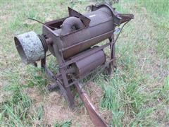 David Bradley Antique Belt Driven Corn Sheller