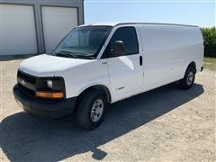 2005 Chevrolet Express G2500 Cargo Van