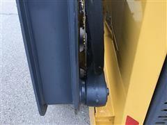 items/cbf25f64a762ea11b69800155d42358c/2010deere326dskidsteer-36.jpg