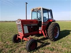 1978 International 886 2WD Tractor