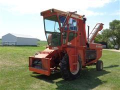 New Idea 708 2WD Uni System Corn Picker