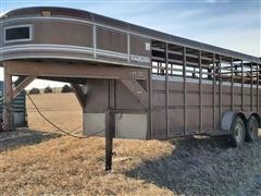 1987 Travalong T/A Livestock Trailer