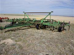 John Deere 1610 25' Field Cultivator