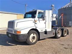 1990 International 8300 T/A Truck Tractor