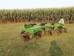 John Deere 1600 Moldboard Plow