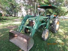John Deere 950 2WD Tractor W/Loader