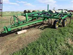 John Deere 610 15' Chisel Plow