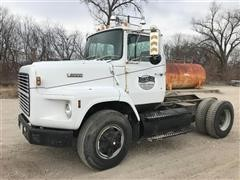 1988 Ford L9000 Cab & Chassis