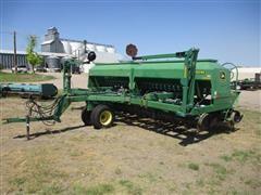 2001 John Deere 1560 Pull-Type No-Till Drill