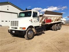 1996 International 8100 T/A Litter Spreader Truck