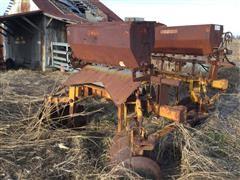 Midland 1080 Levee Dike Plow