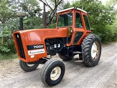 1978 Allis-Chalmers 7000 2WD Tractor